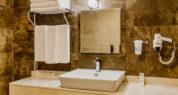 Bathroom (Standard Room)1