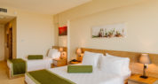 Triple Room Sea View (Standard Room)2